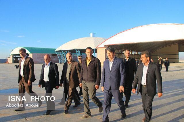 بازدید استاندار یزد از طرح های مهریز