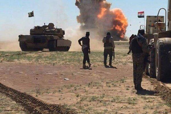 یورش داعش به خودروی حامل نیروهای عراقی در دیالی