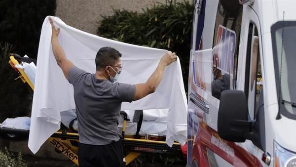 مرگ 782 نفر در آمریکا بر اثر کرونا در 24 ساعت