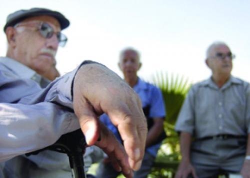 سلطانی: پوشش بیمه ای 3.5 میلیون زوج نابارور کشور را از گردنه پیری عبور می دهد ، کم کاری نهادهای فرهنگی در قبال سیاست های جمعیتی