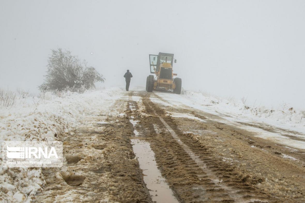 خبرنگاران راه ارتباطی 64 روستای کردستان بازگشایی شد