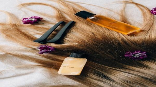 درمان خشکی مو: 6 روش خانگی برای برطرف موی خشک و آسیب دیده